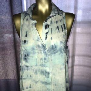 Bella Dahl Tie dye sleeveless shirt